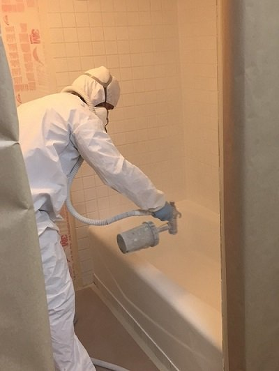 Bathtub Refinishing The Solution You Have Been Looking For That Old Ugly Bathtub