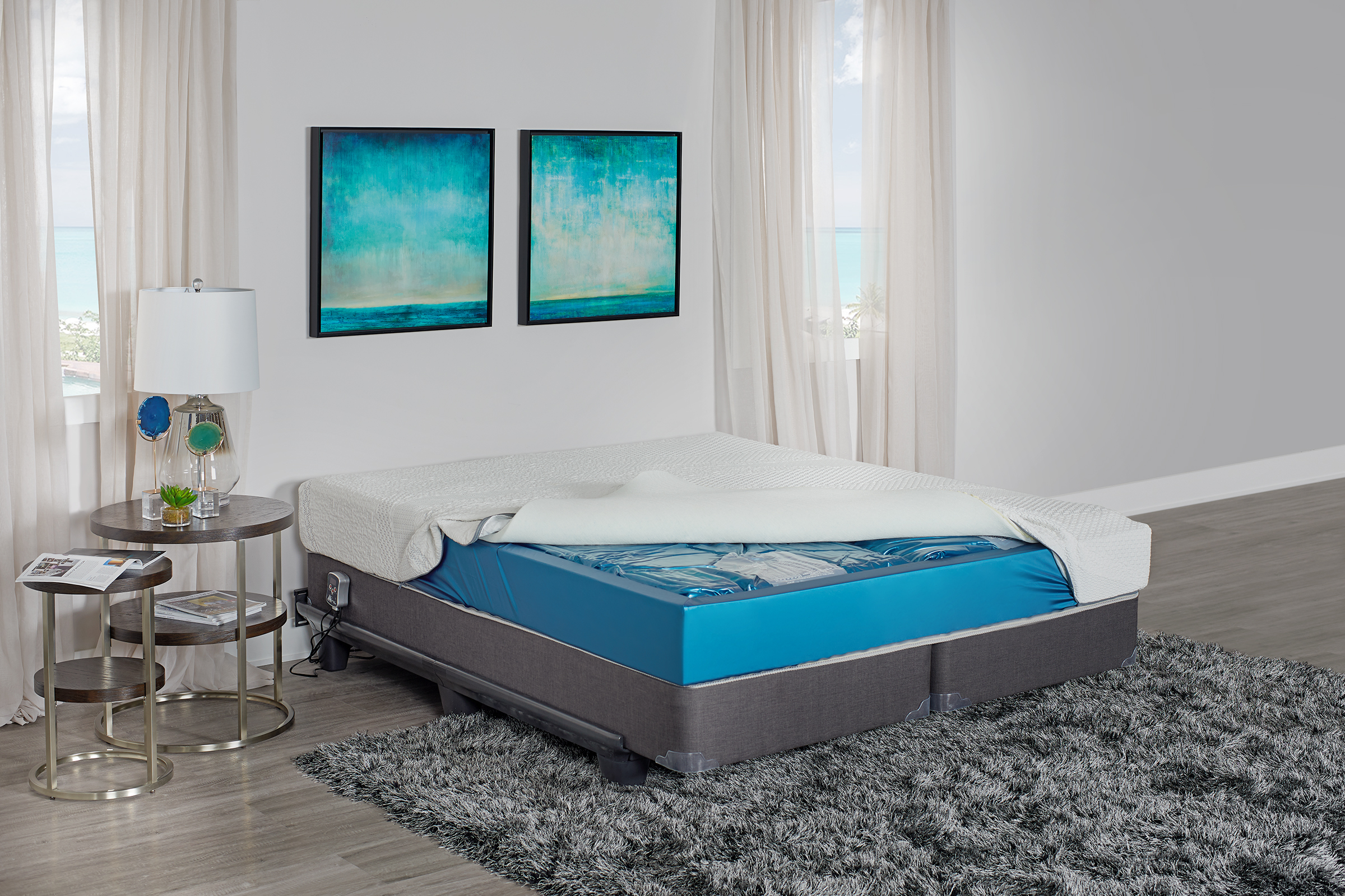 Years After Its Creation The Waterbed Returns To The Bedroom - Waterbed bedroom furniture