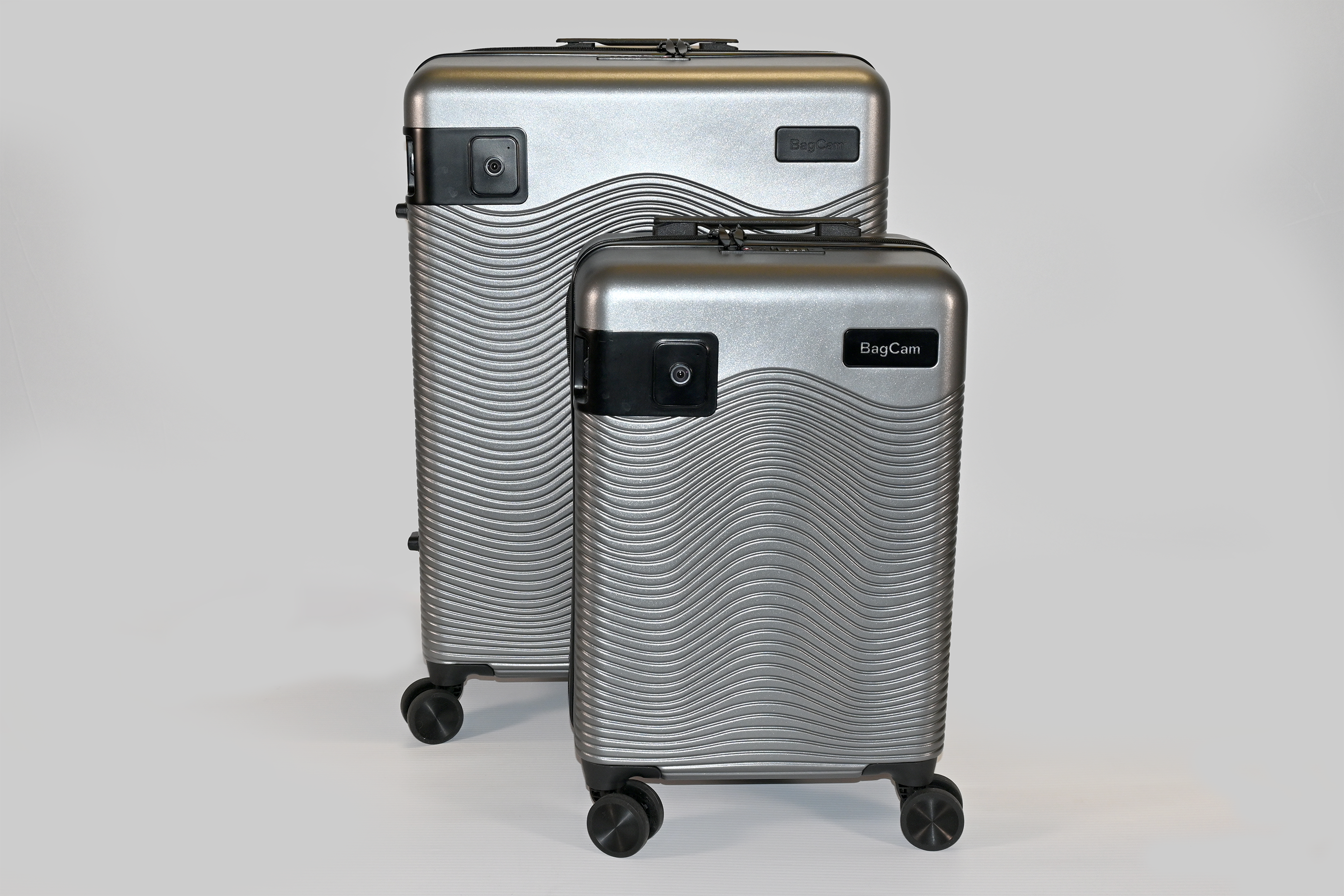 Everyday, There Are 3,000 Pieces of Luggage Stolen at Airports. Deter Baggage Theft with BagCam.